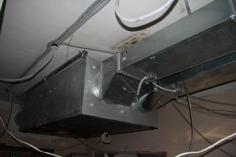 Установка канального кондиционера в Сбербанке